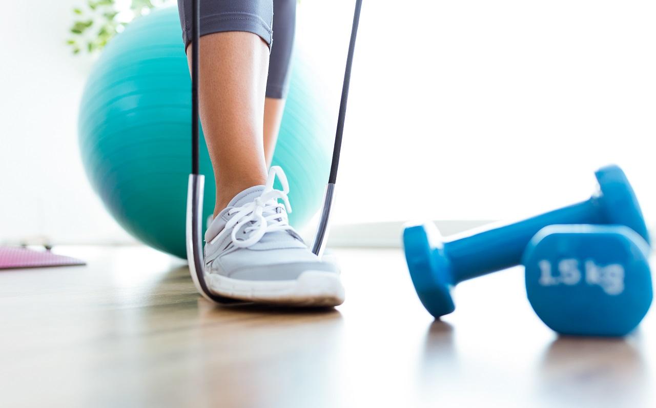 تمرینات ورزشی با کش
